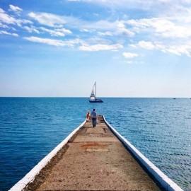 И к сказал, что наше море Чёрное :)