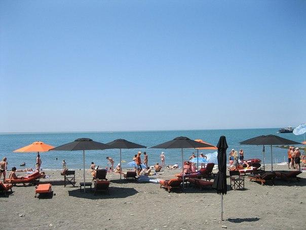 Пляж «Ласточка»