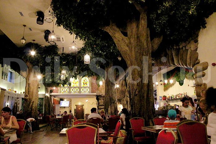 Сочи Парк Фото  Кафе «Волшебный сад»