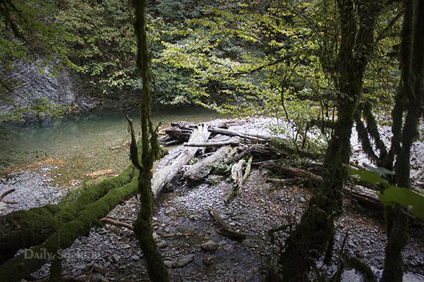 Водопад Ажек