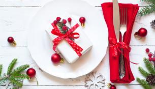 22 идеи украшения новогоднего стола