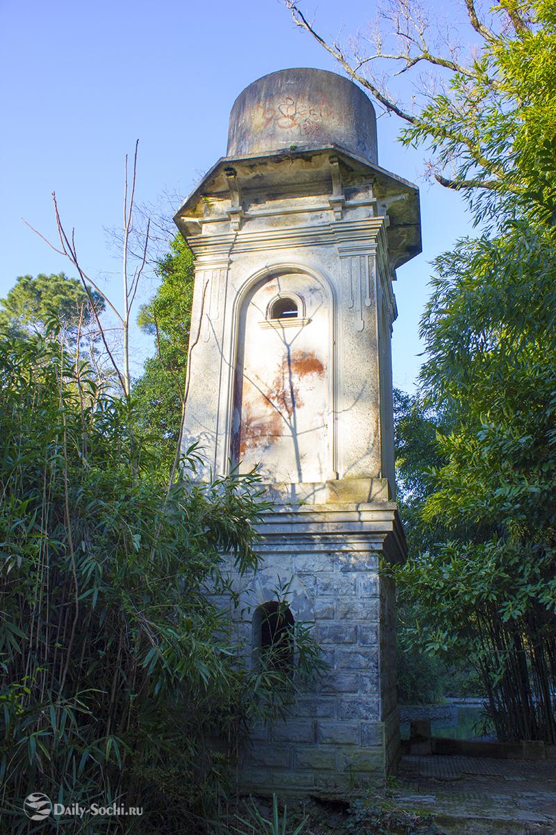 памятник архитектуры 1905 года постройки - водонапорная башня.