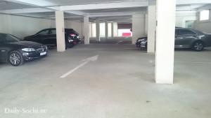 Парковка на Орджоникидзе, 4